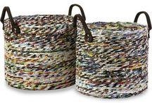 reciclando periodicos / by Elena Burgo
