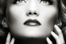 Beauté/coiffure / Tout l'art du vintage est réside aussi dans la coiffure et le maquillage.