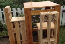 PALLETS / All you can do with pallets / by Rita Leggio