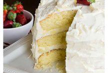 cake with amareto filing