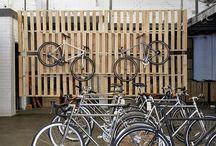 Triathlon bike racks