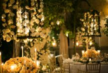 Roses garden wedding / Wedding with white and natural floral decorations.