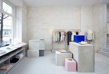 - showroom -