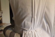 En Fourreau Gowns