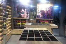 Kamla Nagar Store Delhi / The new Lenskart store in the students' hub at Kamla Nagar houses an #infinite range of #stylish #eyeglasses and #sunglasses crafted by premium brands like #VincentChase and #JohnJacobs.