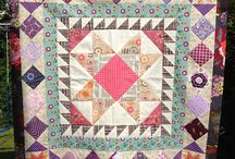 Quilts: Medallion Quilts