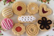 crochet biscuits
