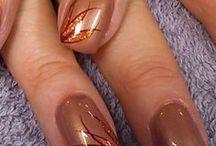 Nail art tons marrons