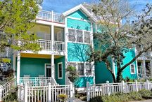 Windward - Seaside, FL / 3BR, 3BA Windward is conveniently located near the Westside Pool. The third floor provides a tower with an open loft queen bedroom and a balcony with a fabulous view of the Gulf and town.