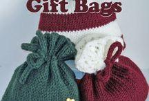 Knit christmas gift bag