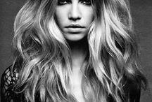 Hair / by Tajia Oliva