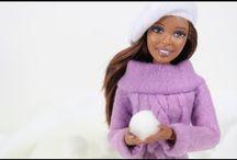 Barbie og lidt Ken / by Mona Christiansen