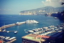 Ulisse Deluxe Hostel Sorrento / Located in the city centre of Sorrento , an ideal position in order to enjoy the Sorrento Coast , the Amalfi Coast and Capri island. The comfort of a three stars hotel with the convenience of a budget hostel.