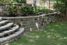 Garden Retaining Walls / by Tammi Van