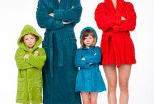 Woody badjassen / Nieuw in ons assortiment. Dit gave badjassen label. Woody maakt badjassen voor heren, dames en kinderen. Vanaf nu online verkrijgbaar in onze webshop