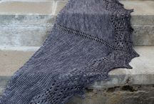 Huiveja / Scarfs and shawls