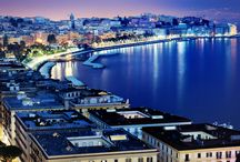 Naples / Come and take a look at the vibrant city of Naples and marvel at its historical and artistic treasures.