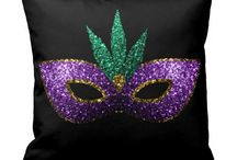 Mardi Gras / Mardi Gras Mask Purple Green Gold Sparkles colourful gifts.