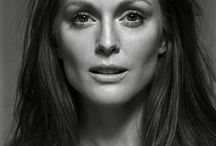 JULIANNA MOORE  -  ACTRESS