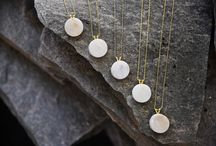 Marble Jewelry / Handmade jewelry made of natural marble. Sustainable fashion. Sustainable jewelry. Marble accessories. Ethical jewelry. Modern jewelry.