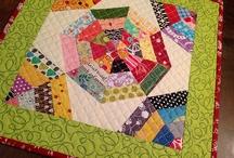 Scrappy quilts / jeg elsker restetæpper og andre ting lavet af små stumper