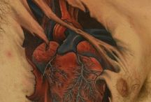 Herz-Tattoos
