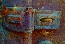 Rust / Rusty colour & objects