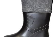 Filcak EVA firmy Kolmax (kolor czarny) / Firma Kolmax jako pierwsza w Polsce stworzyła idealne rozwiązanie dla obuwia gumofilcowego. Tradycyjne gumofilce są zazwyczaj bardo ciężkie, co powoduje obciążenie stopy i szybsze przemęczenie. Dzięki materiałowi EVA buty te są dużo lżejsze i jednocześnie bardziej wytrzymałe.
