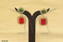 Antique Earrings / Antique Earrings | Antique Jewellery Sets | Antique Jewellery Online | Antique Earrings Jewellery | Antiques Jewellery