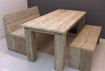 Steigerhoutenbank en tafel