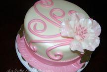 mom cake