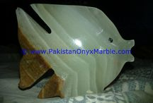 ONYX FISHES GREEN ONYX HANDCARVED STATUE SCULPTURE