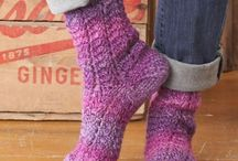 crochet: socks/ free / by Amy Woods