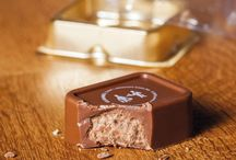 Cioccolatini Personalizzati CandyCards / Le CandyCards sono cioccolatini in pregiato cioccolato belga premium, personalizzati sulla superficie con la stampa di un logo, immagini e fotografie in altissima definizione. Scopriteci su www.cioccolatini-personalizzati.com