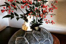 Cat get on turtle. / ceramics art work. Artist  :  Ari kurihara. from japan.