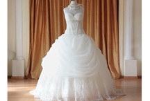 Wedding Dresses / My ideal wedding dresses. / by Karlie Day