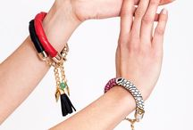 Designer bracelets - handmade by Little Wonder / Little Wonder present the collection spring/summer 2017 with the beautiful statement bracelets. Choose between the handcuff bracelet, handcuff bracelet with pattern, the line cuff or the triangle cuff. Check out all jewelry from Little Wonder: https://www.krugstore.com/collections/little-wonder-spring-summer-2017