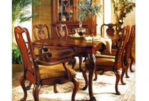 House - dining room / by Jen Haygs