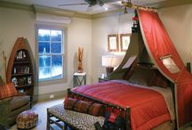 camping themed bedroom decor ideas / This would be such a cute bedroom idea for the outdoor, rustic, camping enthusiast.
