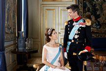 Royal Weddings & Families