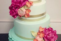 Wedding cakes / by Mama's Cakes