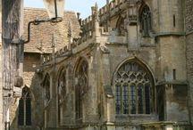 Architecture: Romanesque, Gothic, Neo-Goithic, Pseudo-Gothic