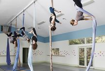 Aerial (Yoga) Inspiration / Aerial Yoga shooting ideas. Installations for Aerial Yoga.