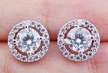 Anniversary Jewelry / by Jewelry Streams