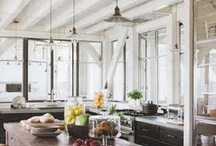 Home Design- Farmhouse Chic / by Amber Grunden