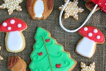 The Best Christmas Holiday Cookies / Christmas cookie recipes. Party Cookie ideas and treats for Christmas theme. Santa cookies, Snowman cookies
