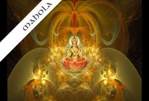 麗しき女神 / インドのヒンズーの神様 日本ではラクシュミは吉祥天 サラスワティは弁財天 として崇めています。