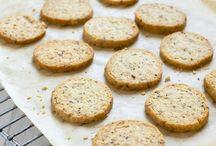Herbal crackers and cookies