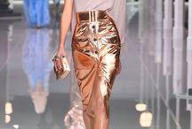 Pencilskirt catwalk
