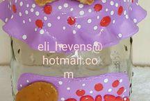 Potes de biscuit by; Eli Pessoa